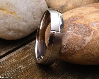 Unique Half Polished Half Matt Pattern Platinum Men's Engagement/Wedding/Designer Ring