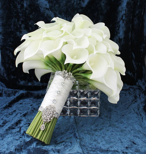 Flowers Similar To Lilies: Items Similar To Calla Lily Bouquet Bridal Accessory