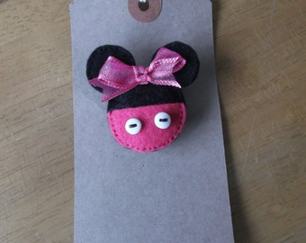 Felt mouse brooch pink minnie inspired