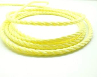 Lot of 2 meters of rope nylon 3 yellow strand 6 mm