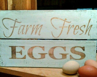 Fresh Eggs Sign, Egg sign, Wall Decor, Sign, Kitchen Decor, Chicken Coop, Chicken Sign, Chicken, Chicken coop sign, Chicken Art, Kitchen Art