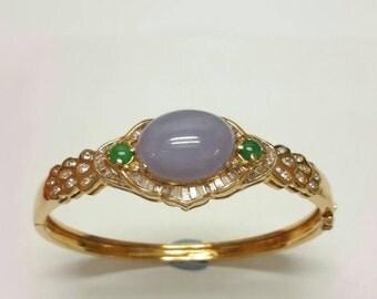 Lavender oval jade bracelet, 18k lavender jade bangle, lavender jade bracelet, diamond bracelet.