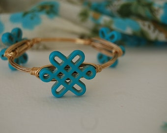 Blue Turquoise Howlite Snowflake Wire Wrapped Bangle