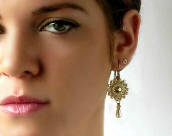 Drop pearl earrings, Gold pearl earrings, Pearl bridal earrings, Pearl wedding earrings, Pearl gold earrings, Bridesmaid gold earrings