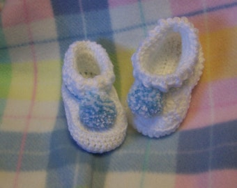 Baby Booties with pompoms, made to order