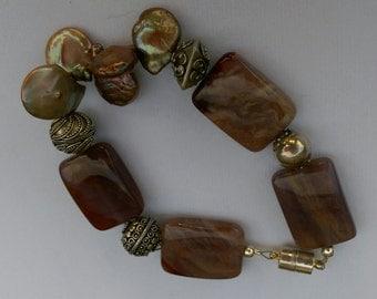 Lavender agate, Baroque Freshwater Pearl Bracelet