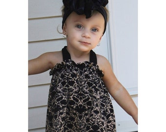 Black & Tan Paisley Halter Swing Top and Bloomers Set