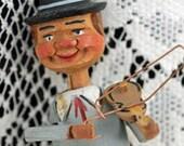 Antique Mechanical, Hand Carved, Corkscrew,  Man Playing Violin, Corkscrew, Cork Screw  #485 (AL) ok