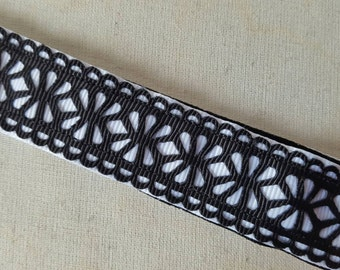 Laser Cut Black and White Non slip headband, No slip headband, Running headbands, athletic headbands, Floral Headbands, Swanky Bands