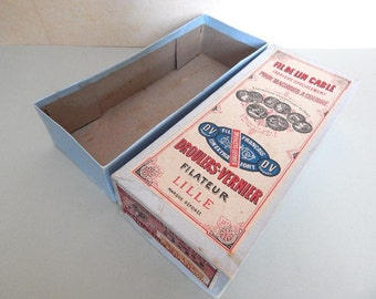 """Vintage French Shop Display Box """"Fil De Lin Cable"""" Sewing Machine Thread,Empty box"""