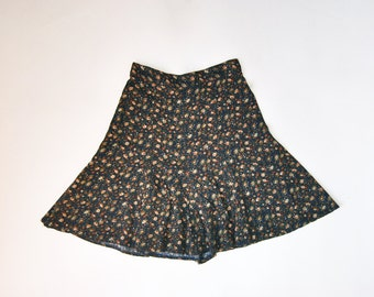 90s Grunge High Waisted Skirt, 90s Grunge Fitted And Flared Skirt With Floral Print