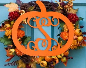 Single letter pumpkin monogram door hanger