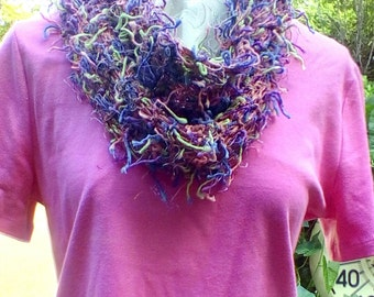 Squiggly fun yarn scarf