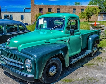 Green Truck Photo, Truck Instant Download, Truck Pic, Classic Green Truck,Green Pick-up Truck,Classic Pick-up TRUCK Photography