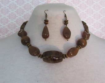 Brown Earth Tone Necklace Set,Claw Clasp Closure,Wooden necklace Set
