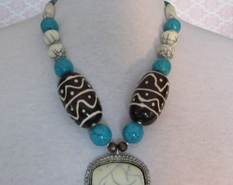 African Safari Beaded Necklace,Pendant Necklace