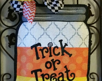 Candy corn mason jar Halloween door hanger. Hand painted burlap. Fall decoration. Wreath