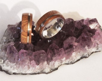 Real silver ring with an outer ring of Elm and inlay of Alpaca