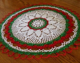 Holiday Crochet Doily, Round Doily, White Red Green Doily, White Doily, Crochet Doilies, Crochet Christmas Decorations