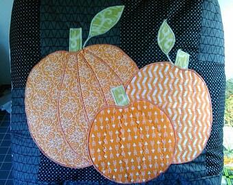 Pumpkin pillow, throw pillow, Autumn decor, fall decor, pumpkin throw pillow, decorative pumpkin pillow, quilted pillow, black pillow