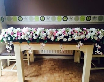 Long & trailing top table display