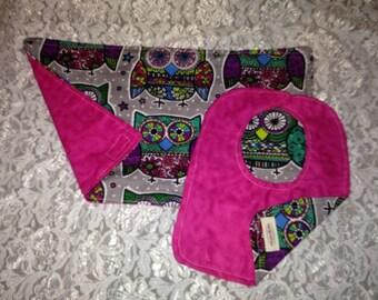Pink owl bib set