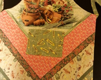 Reversible apron with garden motif.