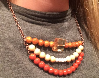 Red-brown bib necklace