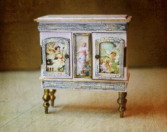 Miniature Cabinet 1/12 , Dollhouse Miniature, miniature furniture, Diorama
