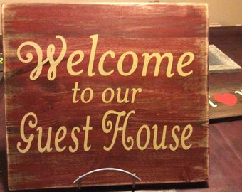 Guest house, rustic sign, made in Canada, canada shop, country design, country home,