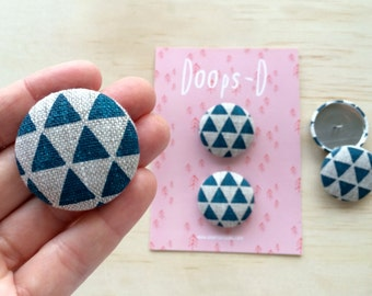 Screen Printed Fabric Triangle Button Set / Flat Back Button's / 38 mm