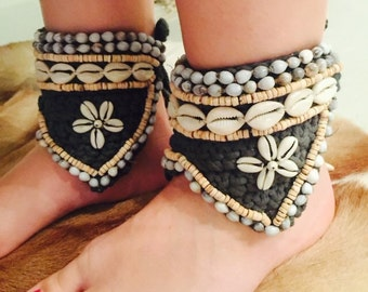 GREY Cowrie shell anklet ankle cuff or bracelet x 2 wedding boho gypsy beach barefoot sandals