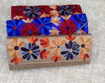 Tarini Silk Hand embroidered box clutch # bridesmaid clutch # spring racing clutch # vrouwen portemonnee # red blue silk formal clutch