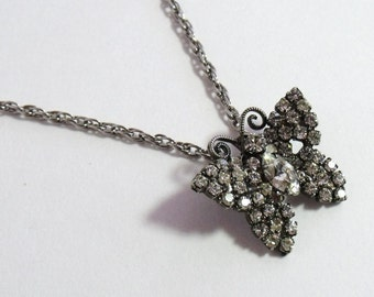 Vintage Clear Rhinestone Butterfly Pendant Necklace Silver Tone  k18