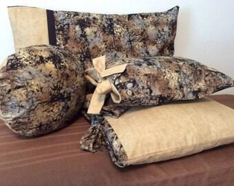 16x12 inch Black/tan/brown Pillow Cover