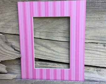 Striped 8x10 Mat with a 5x7 opening