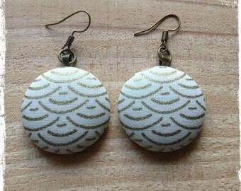 Earrings in Japanese fabric