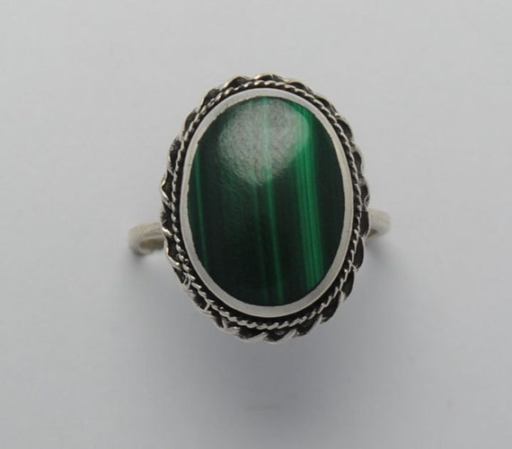 malachite oval shaped ring vintage and sterling silver oval