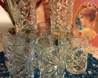 Vintage Set of 10, beautiful Drinking Glasses!
