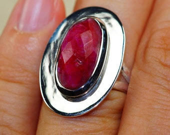 Classy Kashmir Ruby & 925 Sterling Silver Ring size 7.25 by Silver Trend