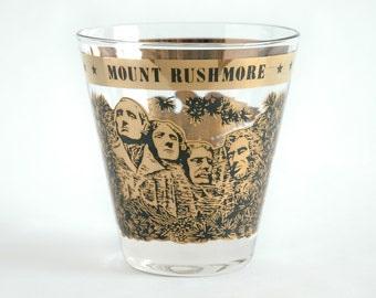Vintage Souvenir Mount Rushmore Rocks Glass / Gold and Black