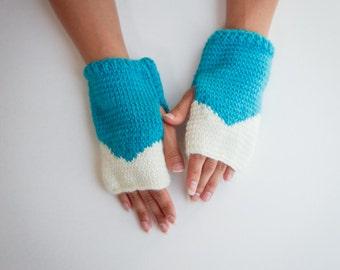 Mountain Top Fingerless Gloves - Size XS-S