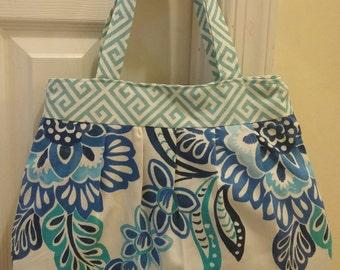 Pretty Pleats Handbag
