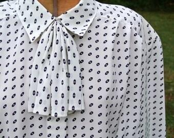70s Evan Picone Blouse | 70s Fashion | Vintage Button Down Blouse