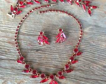 Signed Weiss Ruby Red Rhinestone Necklace, Bracelet and Earring Set 0188