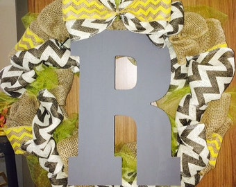 Yellow and grey wreath!