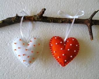 Orange Hearts, Felt Ornament,  Handing, home decor, felt heart, valentines day, valentines heart, orange white, halloween, set of 2