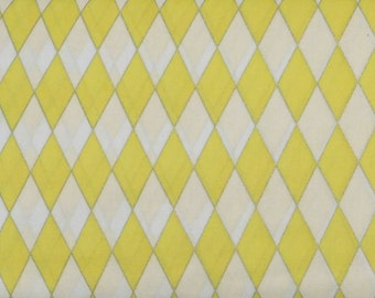 Blank Quilting - Blooming Blossoms - Yellow Diamonds - BTR4758-M-Yellow - 1 Yard