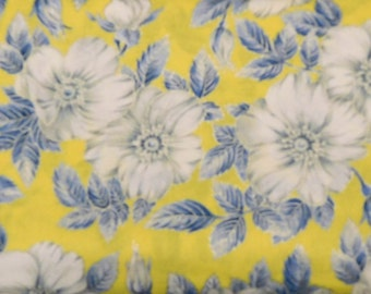 Blank Quilting - Blooming Blossoms - Yellow with Large Flowers - BTR4755-M-Yellow - 1 Yard