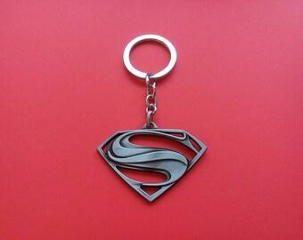 Superman symbol keychain